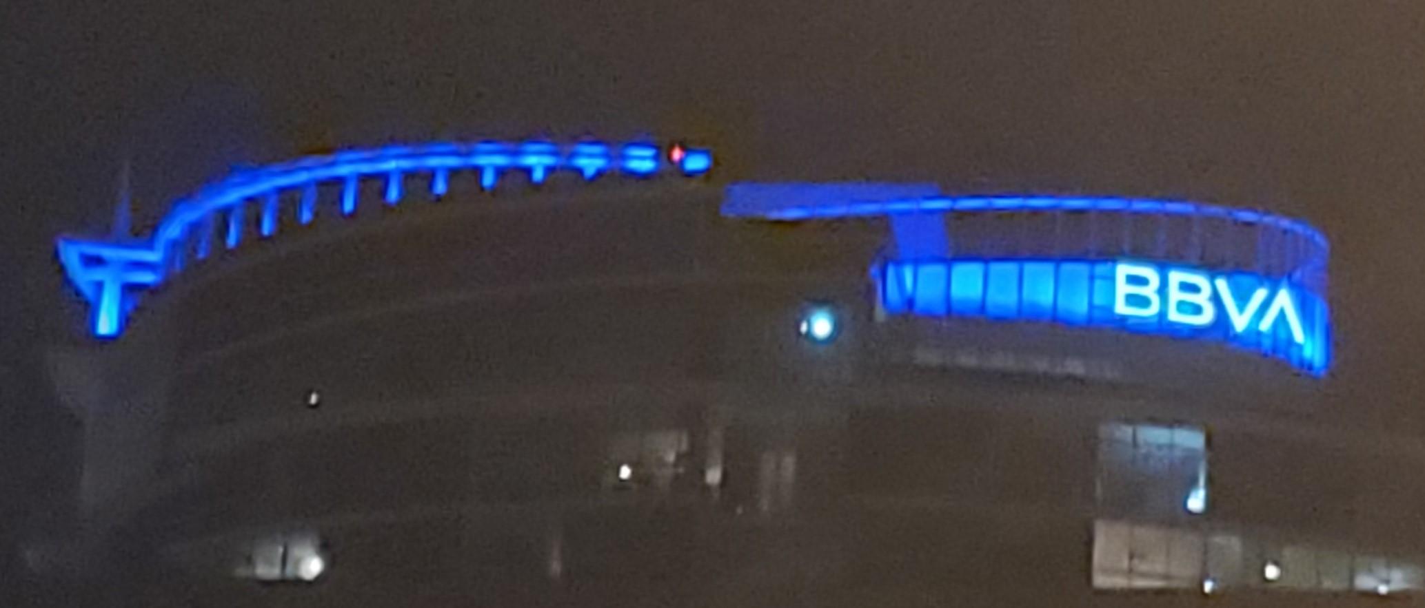 BBVA-Building-Orlando-Paint-The-Town-Blue-2021-FBITCAAA