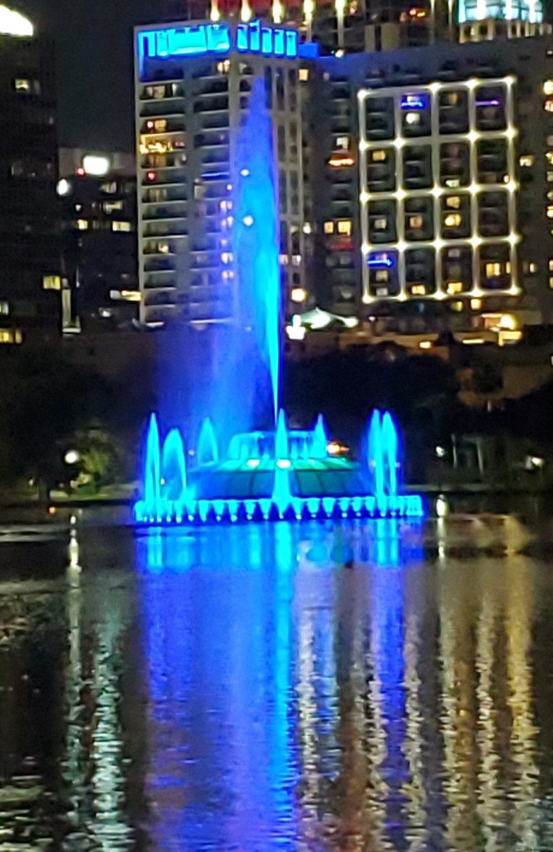 Lake-Eola-Orlando-Paint-The-Town-Blue-2021-FBITCAAA-Pic2